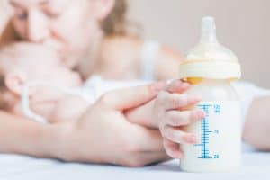 best formula feeding tips