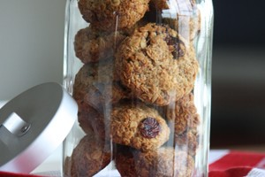 healthy-banana-and-oat-cookies