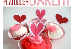 valentines-day-playdough-bakery