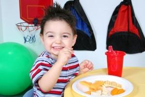 Toddler-snacking