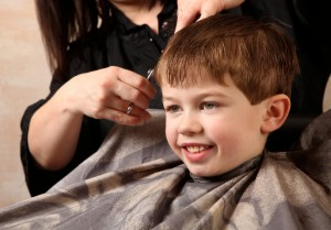 kids who hate haircuts - tips for stress-free kids haircuts