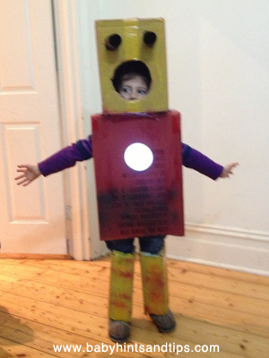 Robot-box-costume