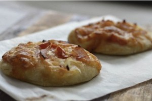 mini puff pizza