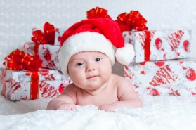 Newborn Christmas Pictures.Ideas For Christmas Traditions Baby Hints And Tips