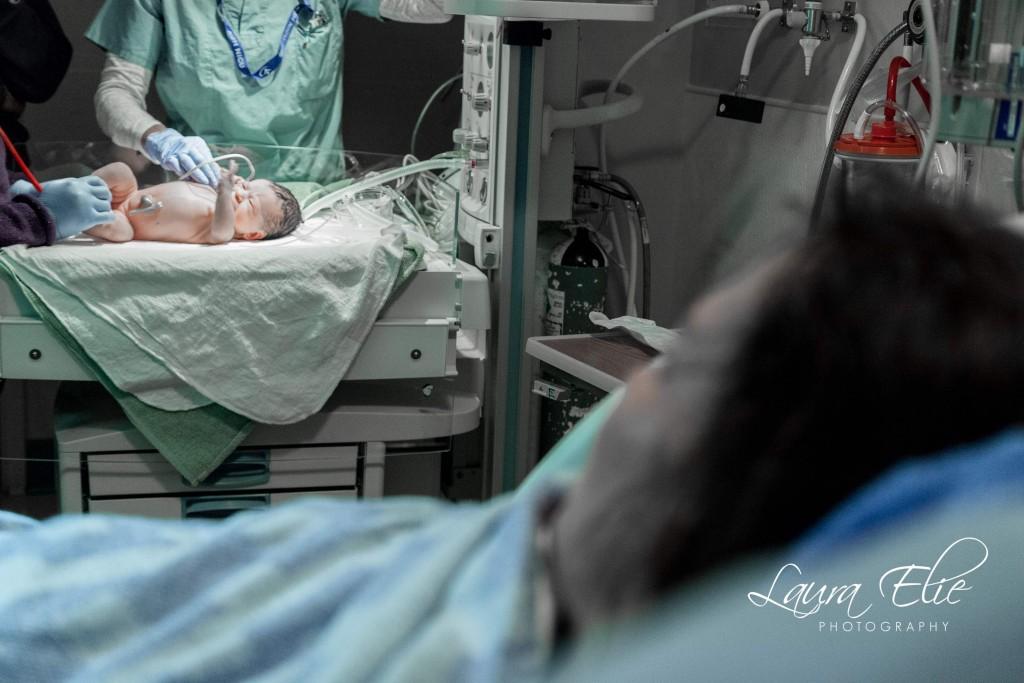 Laura Eli birth photogra
