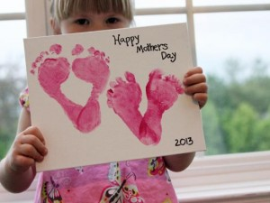 Mothers day craft footprints