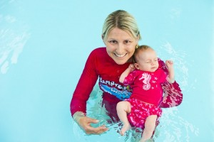benefts of baby swimming