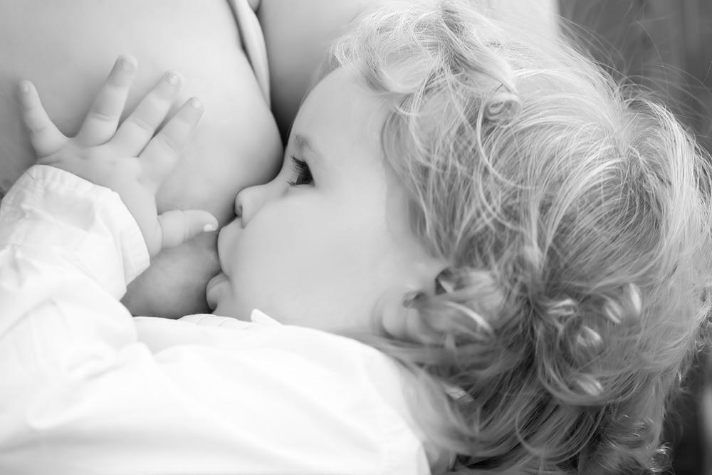 how to stop breastfeeding to sleep