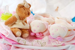 Gifts to welcome newborn baby