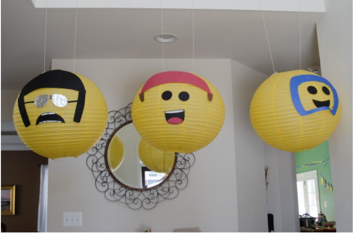 Best Lego party decorations
