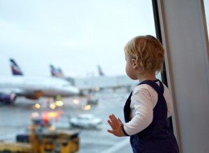 Healthy eating: tips for travelling with young children