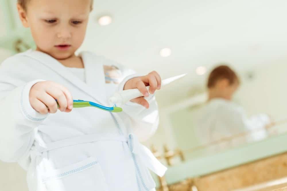 Brushing toddler teeth