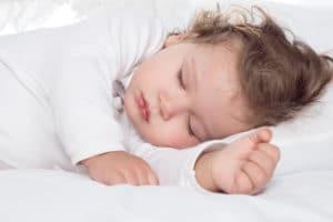 help a toddler fall asleep