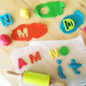 Playdoughideas: learn your letters