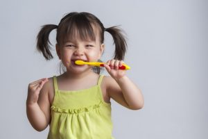 Dentist: teeth brushing for toddlers