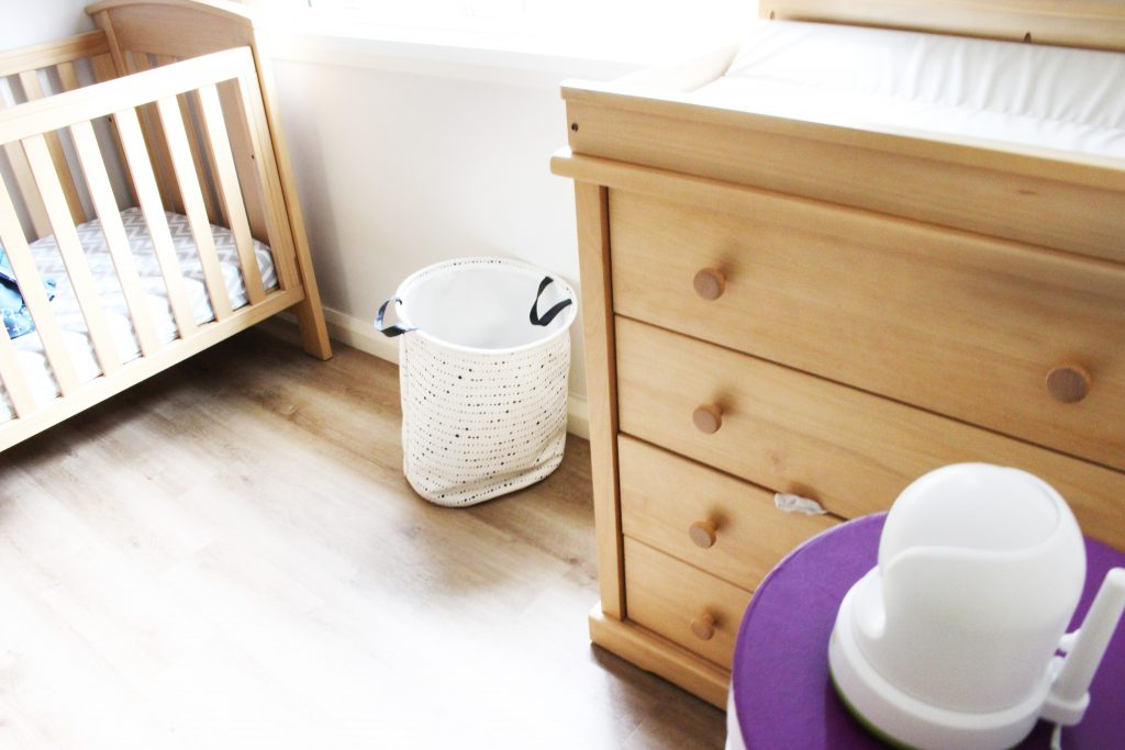 Looking for a comprehensive baby monitor review? Check out our experience of the Uniden Baby Monitor and see if it's the perfect fit for you and your family!