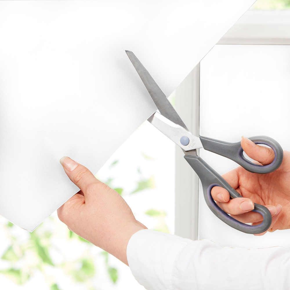 cutting your ErgoPouch window blockout blind